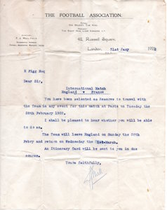 1922 Letter to Harold Figg from the F.A. selected for France v England 31 01 1922 small